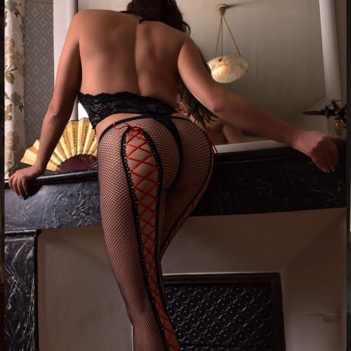 tania-escort-paris-geneva-escort-girl